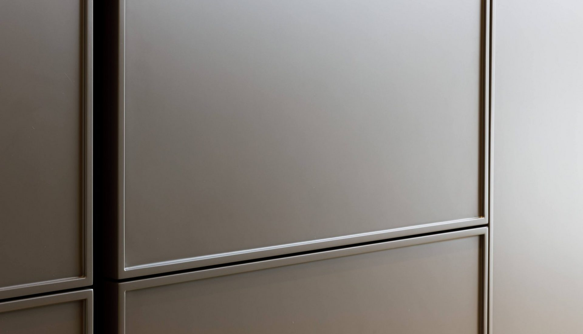 Semplice-grafit-delikatny-roz-Rzeszow-2021_02-7_1620x1080